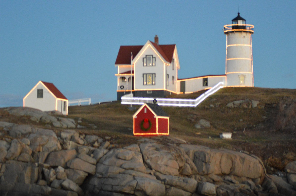 Nubble Lighthouse Holiday Lights (York, ME) | New England Nomad